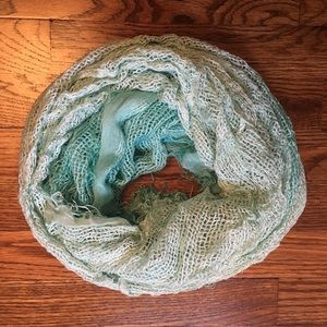 Accessories - Set of 2 Scarves (Click in for 2nd scarf)